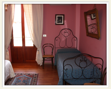 B&B Elvira al Duomo at Monreale - Bed and Breakfast - Camera Rosa
